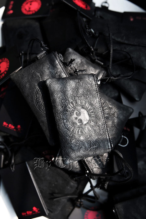 ByTheR Skull Leather Pouch