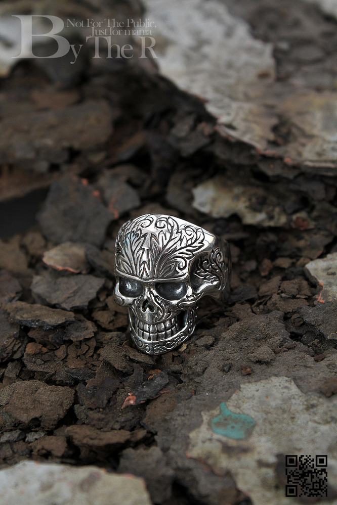 ByTheR SM Skull Shape Oriental Style Thick Silver Coated Ring