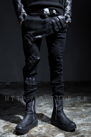 Leather Belt Point Slim Fit Pants