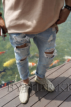 Destroyed Ripped Natural Vintage Light Blue Denim Jean
