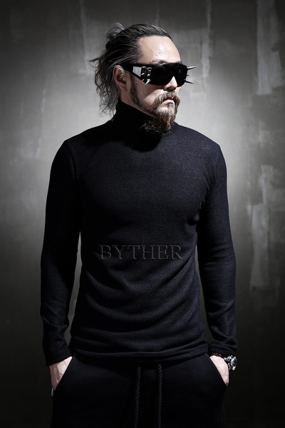 Simple Knit Turtleneck T-Shirt