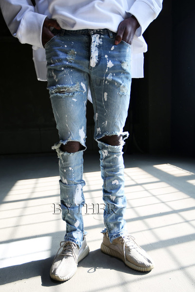 DIstressed Paint Zipper Jean