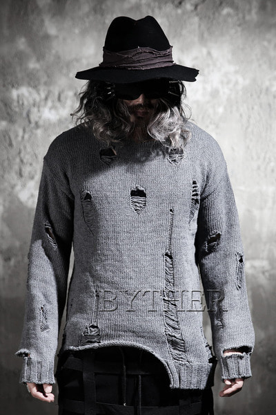 ByTheR Over Damage Crew Neck Knit Sweatshirts