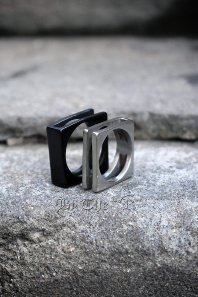Square Frame Metal Ring