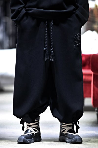 ByTheR Goblin Embroidery  Strap Wide Pants