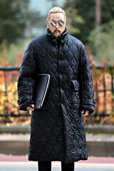 Wave Quilted Loose Fit Long Padded Jacket