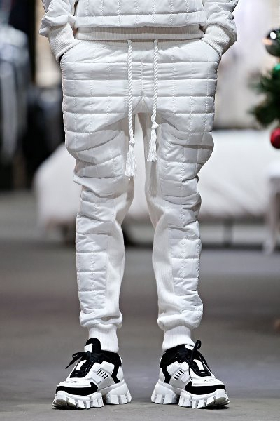 ByTheR Square Padded Jogger Pants White