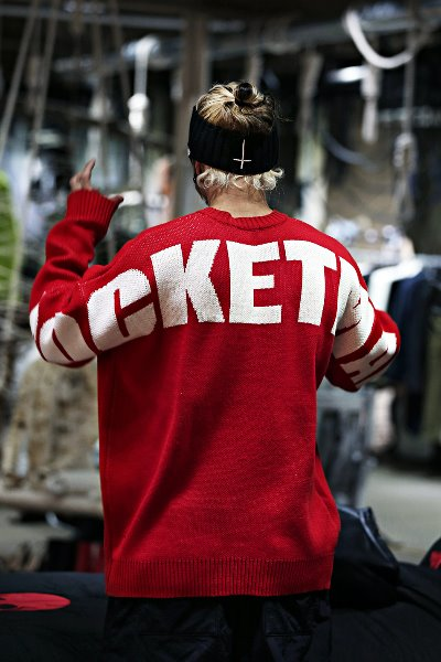 Rocketman lettering loose fit knit