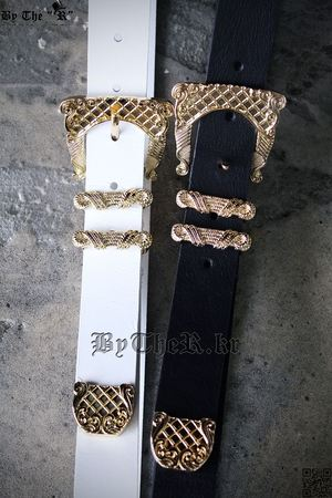 ByTheR Gold Buckle Belt