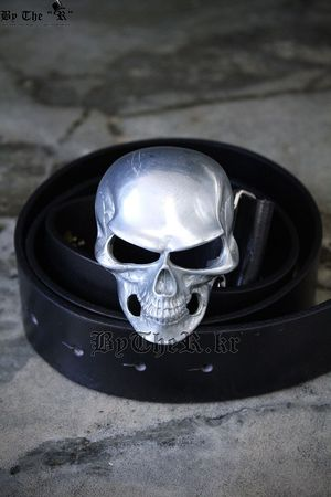 ByTheR Silky skull leather belt